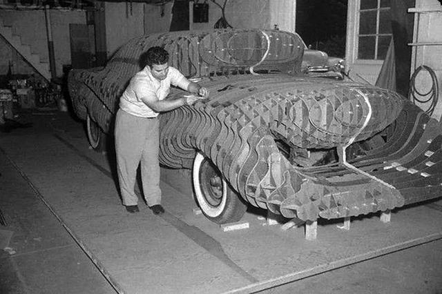 Radna maketa automobila u prirodnoj veličini
