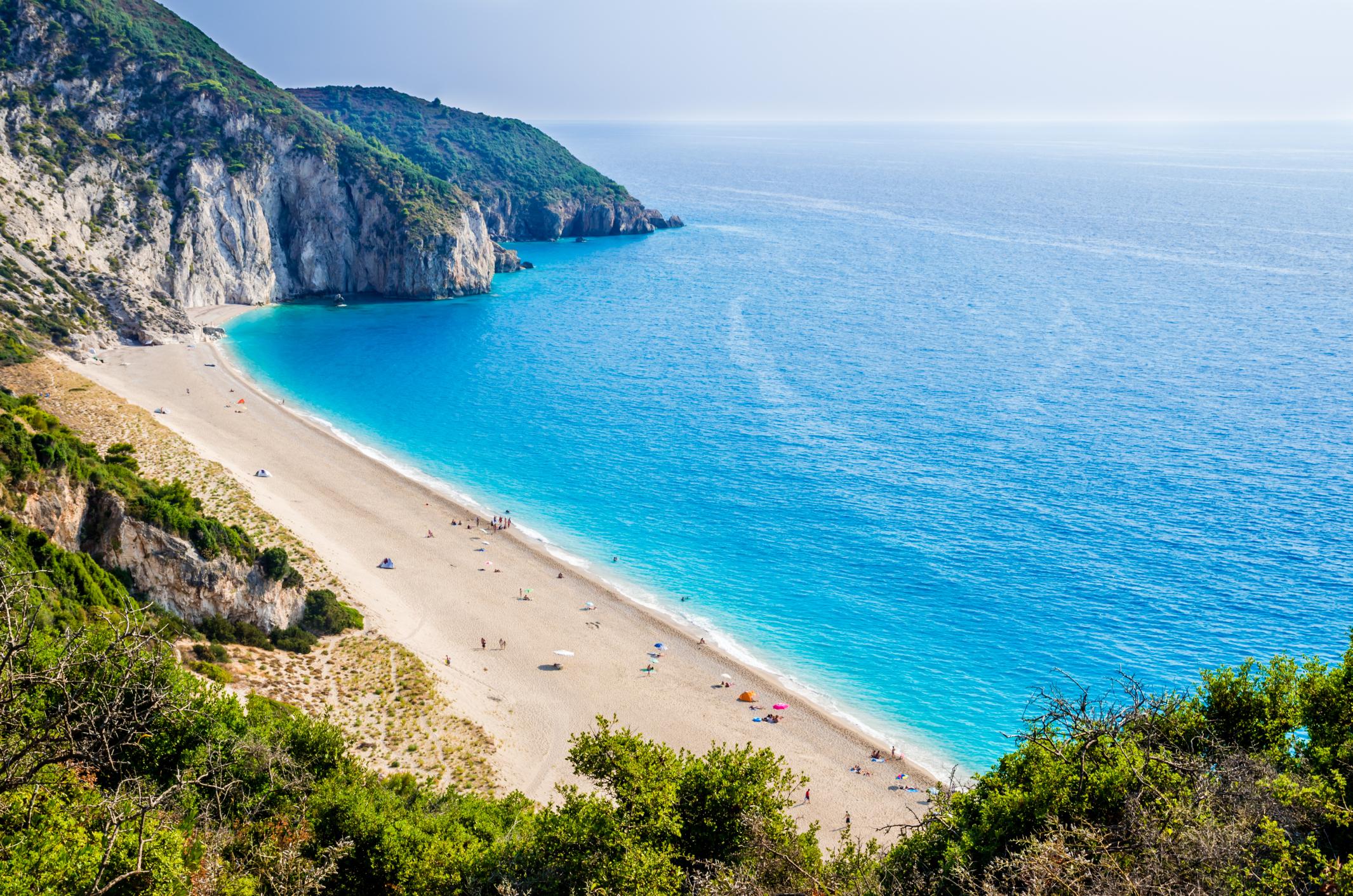 Zato srbi radije idu na more u grku nego u crnu goru for More com