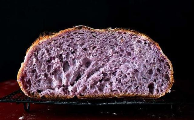 ljubičasti, Ljubičasti hleb postao hit u svetu !, Gradski Magazin