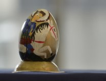 A ceramic Easter egg on display at the Children's Cultural Center in Belgrade (Tanjug)