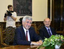 Hasani (right) and Halimi are seen during Monday's consultations with President Nikolic (Tanjug)