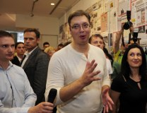 Vucic at the 'Uncensored Lies' exhibition late on Monday (Tanjug)