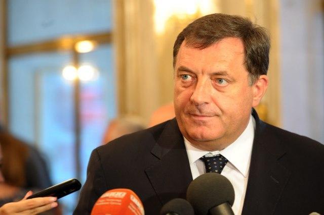 Dodik-Proizvodnja-EU-se-seli-u-Srbiju-i-RS