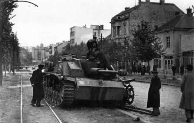 Uništeni StuG III u Bulevaru Kralja Aleksandra Foto: waralbum.ru