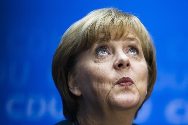 Sarli-ebdo-izasao-u-Nemackoj-i-ismejao-Merkelovu-FOTO