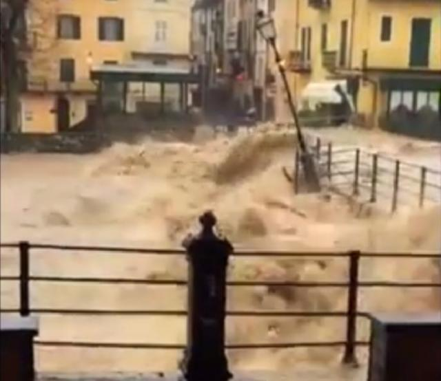 Nova-katastrofa-na-pomolu-Potopljeni-delovi-Italije-VIDEO