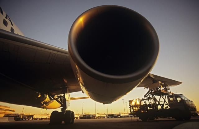 Kroacija-erlajnz-uvozi-avio-mehanicare-iz-Srbije