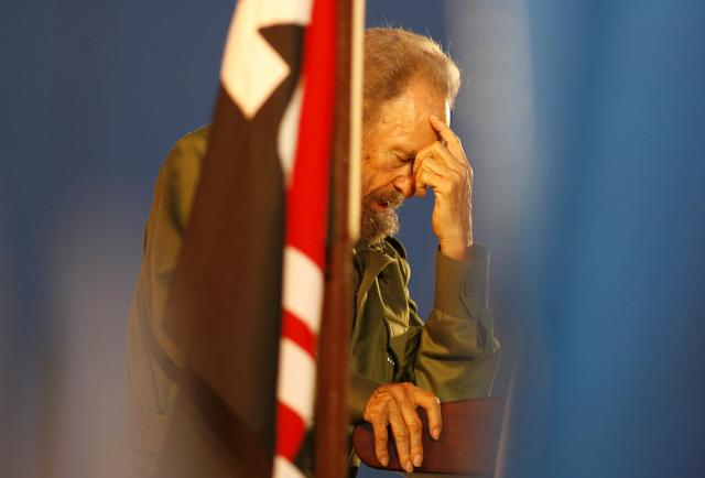 Gorbacov-Fidel-je-razmontirao-americki-kolonijalizam