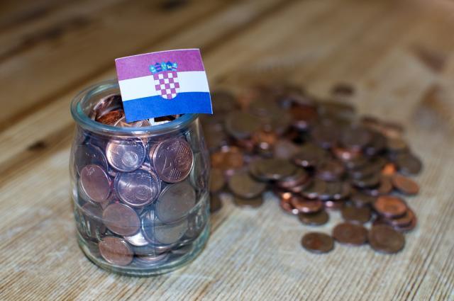 Hrvati-najgori-u-EU-Rade-i-danju-i-nocu