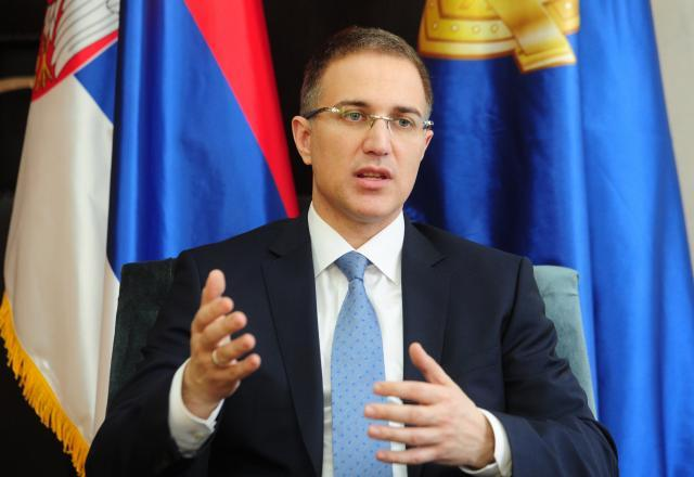 Government to annul decree on quot auxiliary police quot minister politics on b92 net