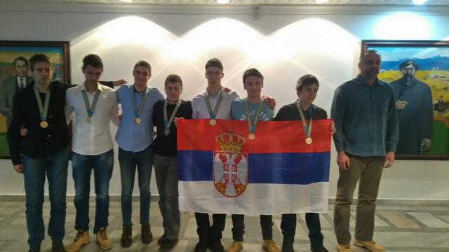 Vesti - Naši mladi matematičari nižu uspehe: Pregršt novih medalja