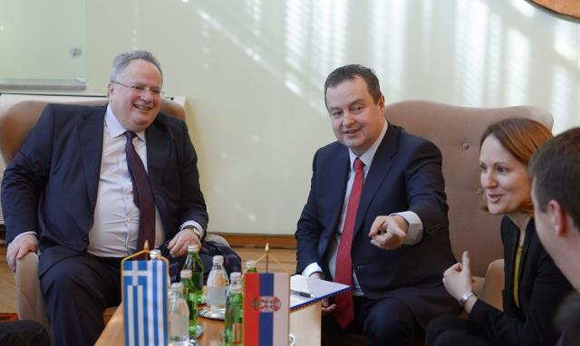 Nikos Kotzias (L) is seen with Ivica Dacic (Tanjug)