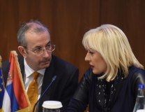 Joksimovic is seen with EU rep in Belgrade Michael Davenport (Tanjug)
