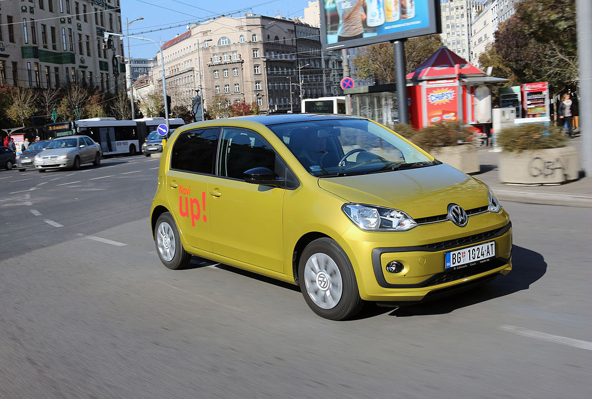 test volkswagen move up 1 0 60 ks redizajn. Black Bedroom Furniture Sets. Home Design Ideas
