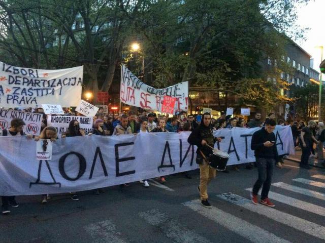 Demonstranti-Zivkovicu-Isti-ste