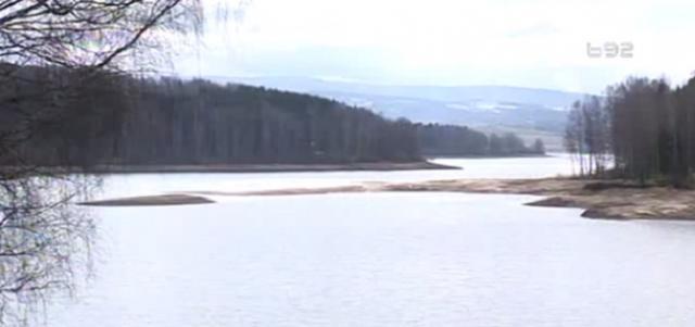 Sta-se-desava-Vlasinskom-jezeru-Vodostaj-sve-nizi-VIDEO