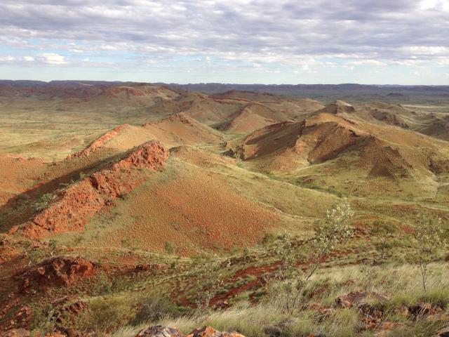 Dreser formacija čuva stromatolite i mineralne naslage u termalnim izvorima (Foto: Kathy Campbell)