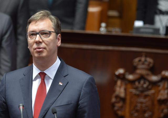 Image result for Predsednik Srbije Aleksandar Vučić rekao je da se u Srebrenici dogodio strašan zločin i da iskreno suosjeća s porodicama žrtava.
