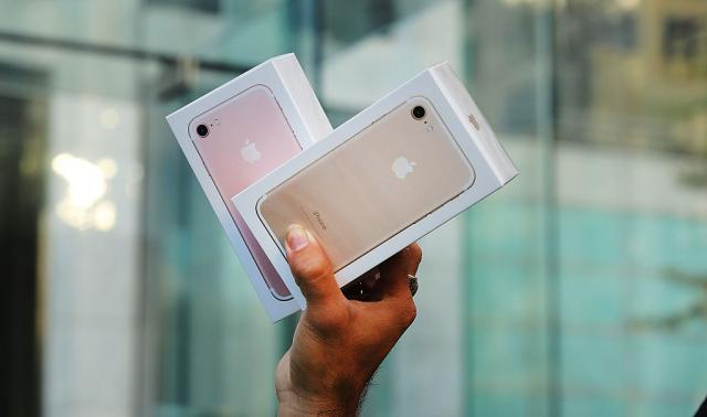 Razocaranje-za-dame-Novi-iPhone-verovatno-nece-biti-u-roze-boji