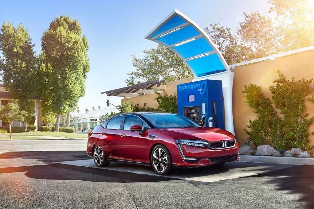 Honda Clarity Fuel Cell iz 2016. (ilustracija)