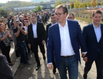 Vucic is seen in Vlasotince in Wednesday (Tanjug)