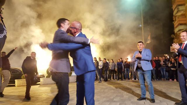 Marko Djuric and Milan Rakic in Kosovska Mitrovica late on Sunday (Tanjug)