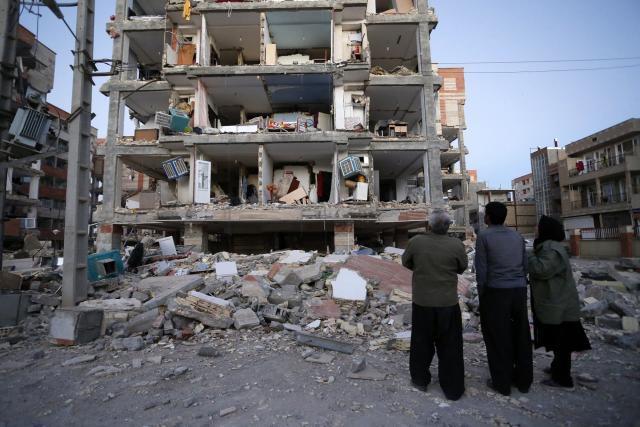 Uzas-posle-zemljotresa-530-mrtvih-30000-srusenih-kuca