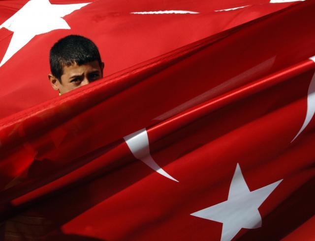 Prst-u-oko-Turska-menja-ime-ulice-u-kojoj-je-ambasada-SAD