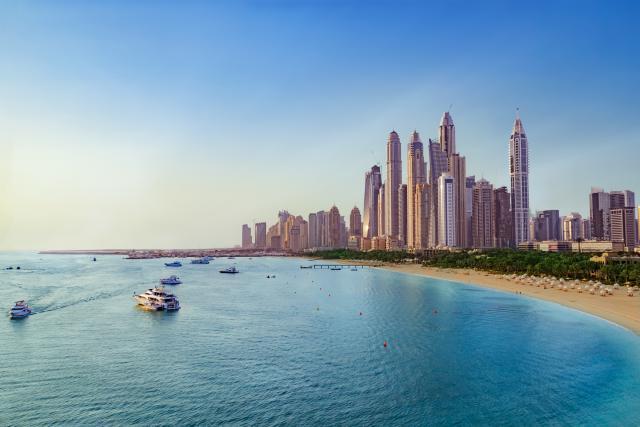Mracna-strana-Dubaija-Sta-se-krije-iza-bogatstva-i-glamura