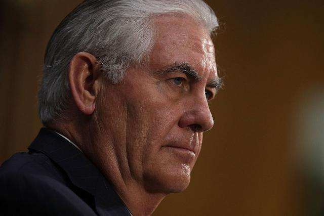 Tillerson holds tough line on Russian Federation  sanctions over Ukraine