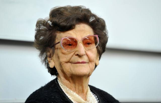 100-rodjendan-profesorke-Avramov-skup-na-Pravnom-FOTO