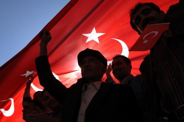 Politiko-Dok-EU-brine-zbog-RUS-Turska-se-vraca-na-Balkan