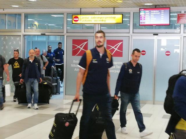 Sampion-Evrope-stigao-u-Beograd-na-odbranu-titulu-FOTO