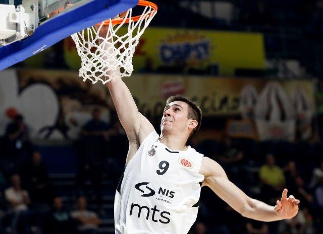 Vanja-produzio-ugovor-sa-Partizanom-uz-NBA-klauzulu