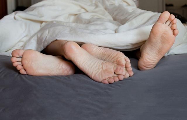Zbog-evolucije-ljudima-se-gadi-seks-jednako-kao-i-trula-hrana