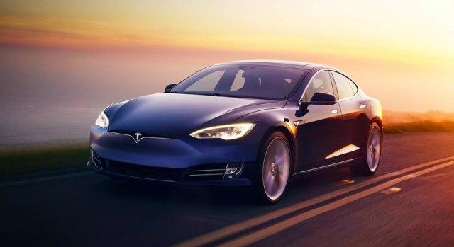 Tesla-Model-S-pao-na-testu-automatskog-kocenja