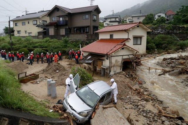 Katastrofa-vise-od-stotinu-mrtvih-FOTOVIDEO