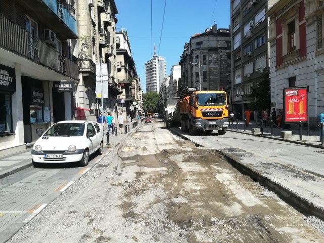 BG-Centar-prekopan-zbogom-starom-asfaltu-FOTO