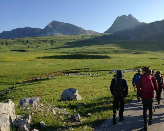 Moracke-planine-i-kanjon-Mrtvice-Lepota-netaknute-prirode