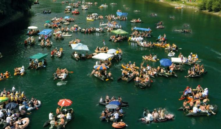 Najveca-manifestacija-na-vodi-u-Srbiji-okupice-10000-ljudi