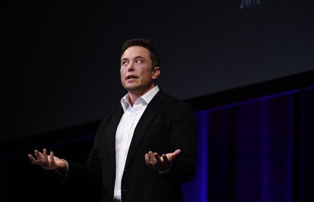 Radikalan-potez-Tesla-nestaje-s-berze-Mask-izgubio-strpljenje