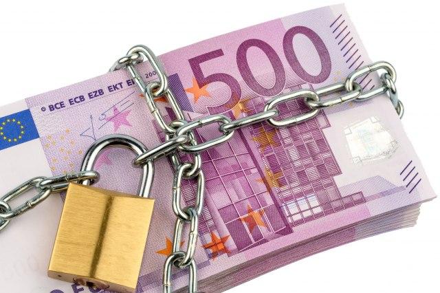 Ni-deceniju-u-EU-im-ne-pomaze-plata-ne-moze-do-600-EUR