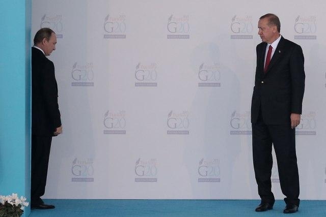 Erdogan-zove-Putina-u-pomoc-Tramp-zestoko-udara