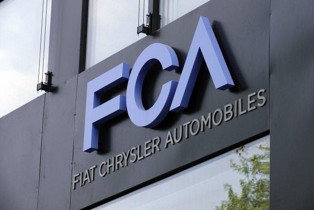 Fiat-casti-svoje-radnike-u-SAD-sa-6000-bonusa