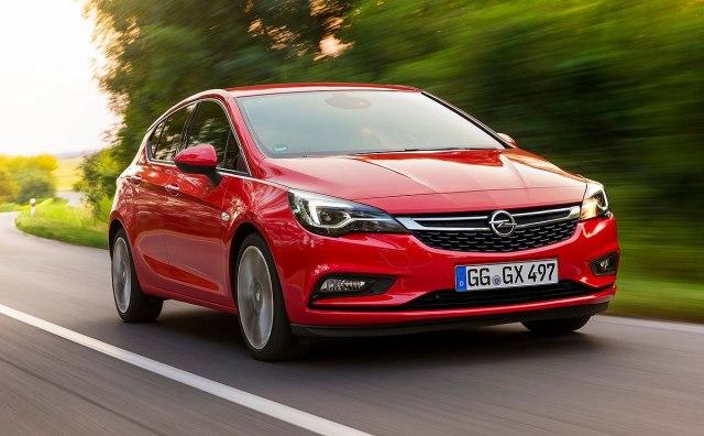 Current Astra K - illustration (photo: Opel promo)