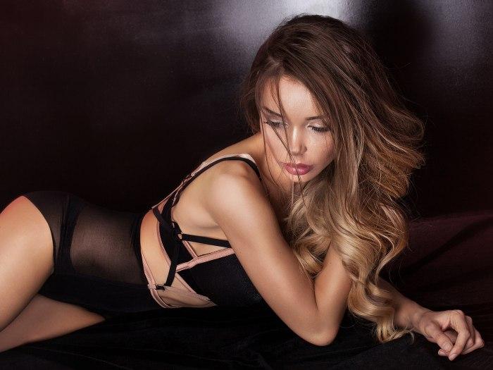 Lezbijski porno videi s dijamantom kože
