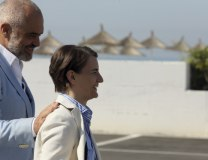 Albanian PM Edi Rama and Serbian PM Ana Brnabic in Durres on August 26 (Tanjug/AP)