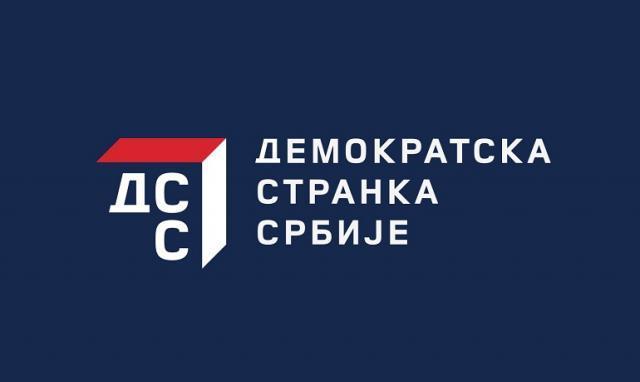 """""""Razgraničenje sa Albancima je suprotno Ustavu Srbije"""""""
