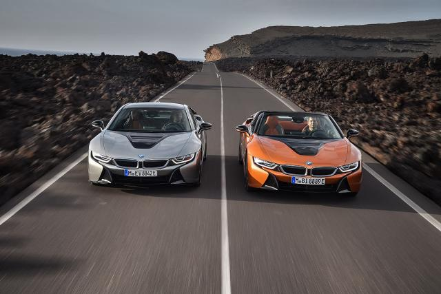 BMW i8 Coupe i BMW i8 Roadster