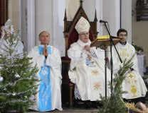 Mass is served in a church in Novi Sad (Tanjug)